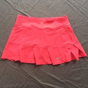 Nike dri-fit size small and in great shape